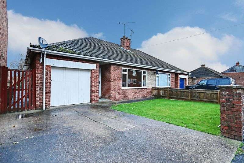 3 Bedrooms Semi Detached Bungalow for sale in West Acridge, Barton-Upon-Humber