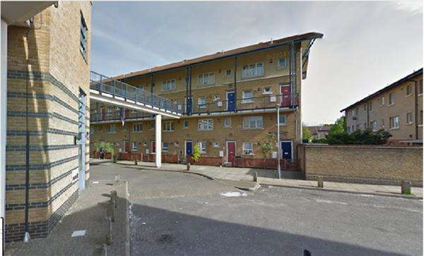 2 Bedrooms Flat for sale in Archer Square Gardens, Knoyle Street - New cross, LONDON