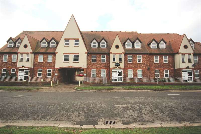 1 Bedroom Apartment Flat for sale in Robertson Court, Hathaway Road, Grays