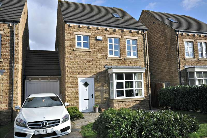 4 Bedrooms Detached House for sale in Suffolk Rise, Huddersfield, West Yorkshire