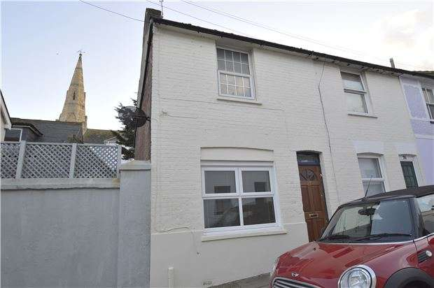 2 Bedrooms Terraced House for sale in Shepherd Street, East Sussex, TN38 0ET