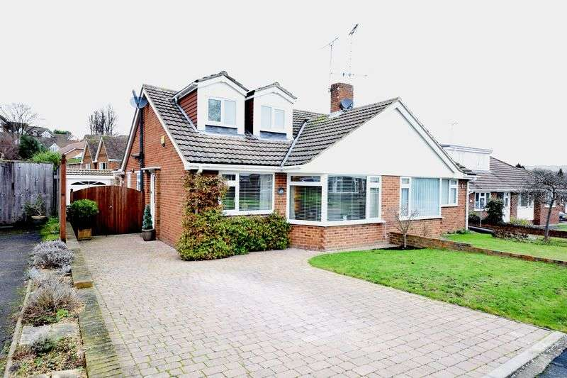 3 Bedrooms Semi Detached House for sale in Whiteheads Lane, Bearsted