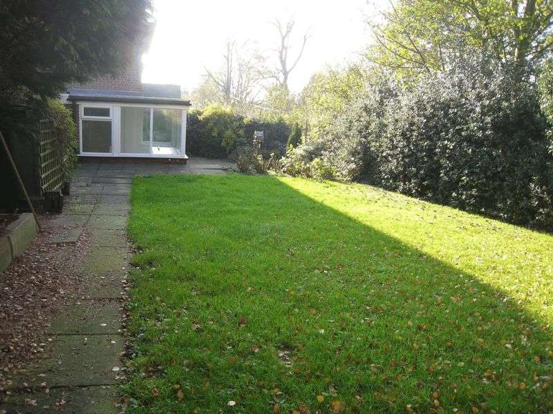 3 Bedrooms Semi Detached House for sale in Mill Lane, Ashbourne