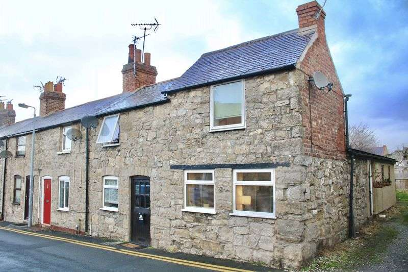 1 Bedroom Terraced House for sale in Church Street, Rhuddlan