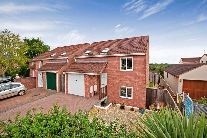4 Bedrooms Detached House for sale in BISHOPS LYDEARD