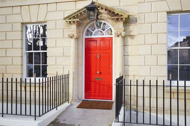 3 Bedrooms Flat for sale in 20 Portland Square, Bristol