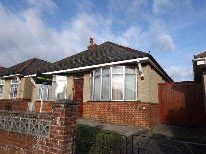 3 Bedrooms Bungalow for sale in Salisbury, Wiltshire