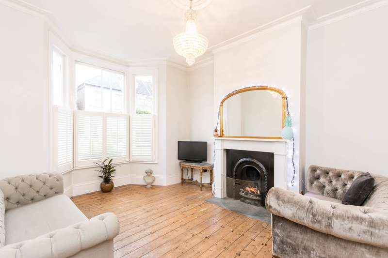 4 Bedrooms House for sale in Glenthorne Road, New Southgate, N11