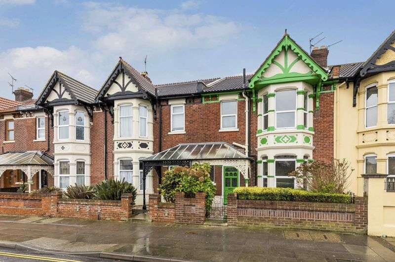 3 Bedrooms Terraced House for sale in Baffins Road, Portsmouth