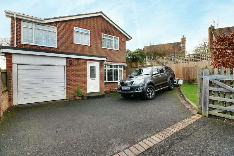 4 Bedrooms Detached House for sale in Eperston Road, Lovedean, Waterlooville