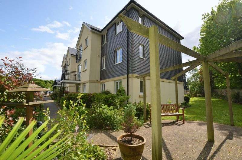 2 Bedrooms Retirement Property for sale in Abbey Rise, Tavistock