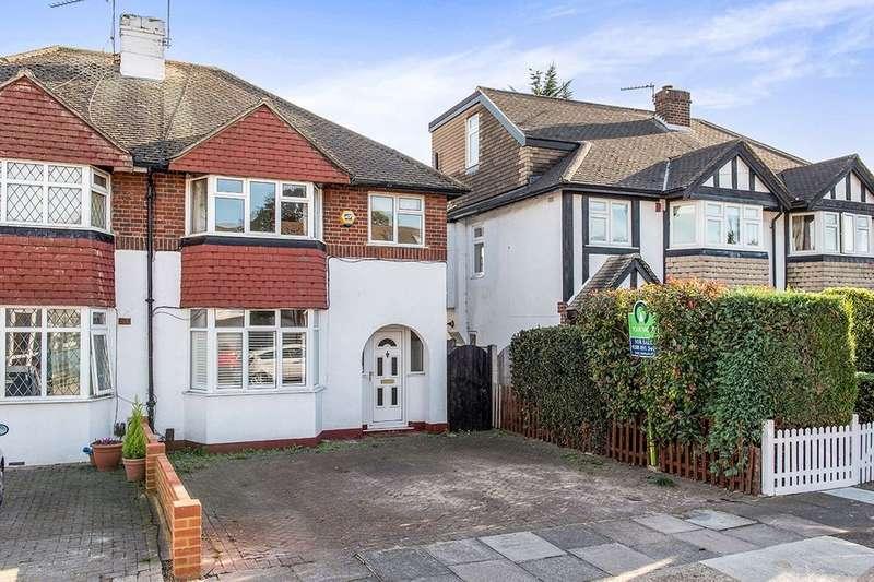 3 Bedrooms Semi Detached House for sale in Beech Way, Twickenham, TW2