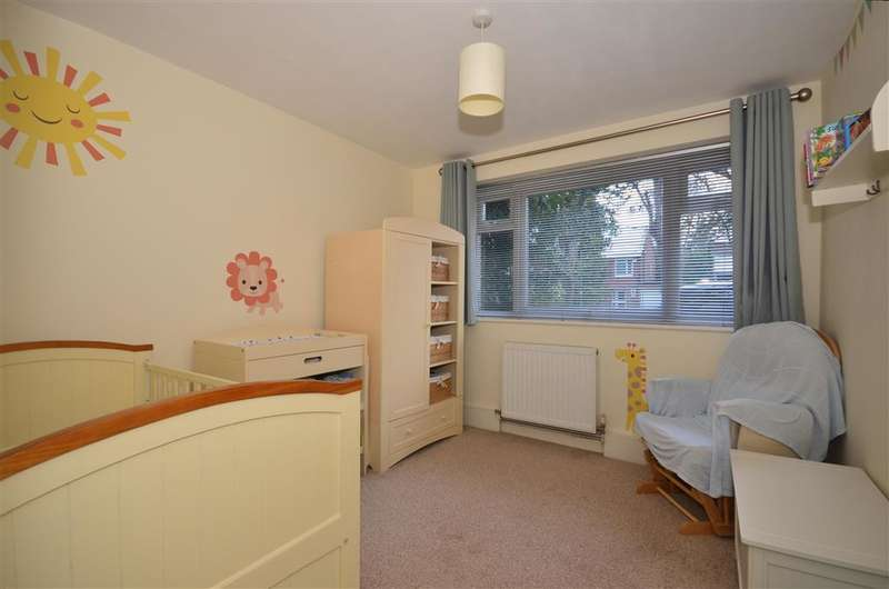 2 Bedrooms Apartment Flat for sale in Overton Road, Sutton, Surrey