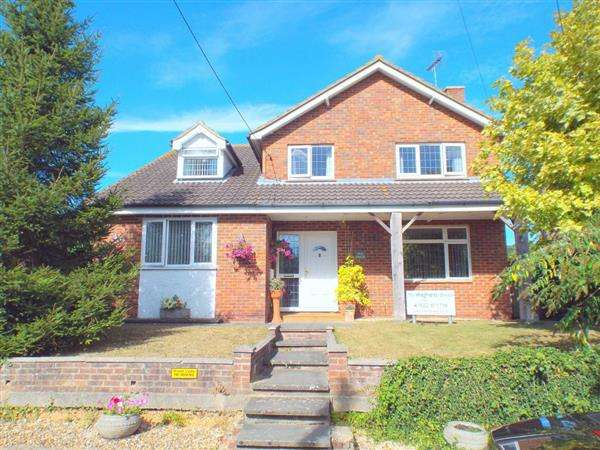 5 Bedrooms Detached House for sale in Well House, Tyland Lane, Sandling, Maidstone