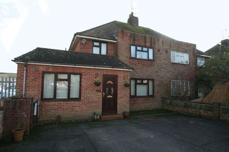 4 Bedrooms Semi Detached House for sale in Chesterfield Road, Worthing