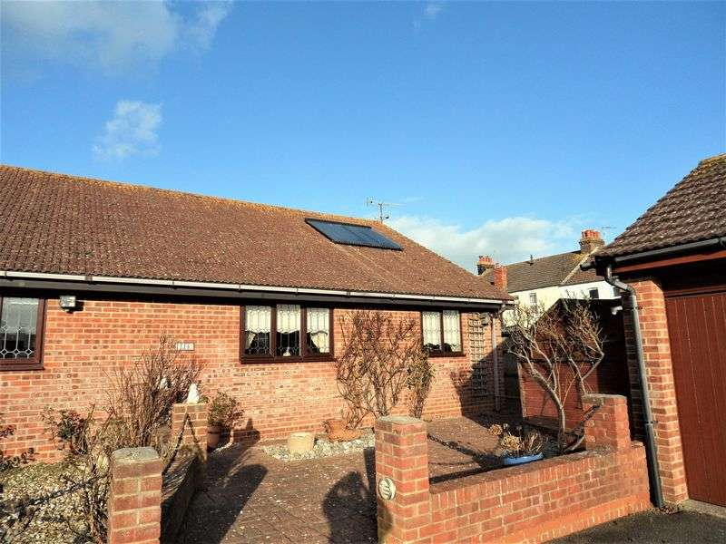 2 Bedrooms Semi Detached Bungalow for sale in Haynes Road, Worthing