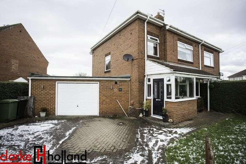 3 Bedrooms Semi Detached House for sale in Dilston Drive, Ashington