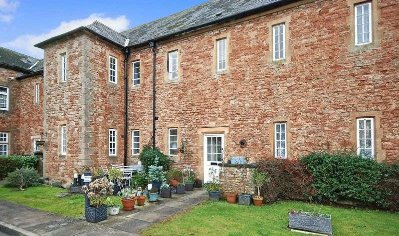 3 Bedrooms Terraced House for sale in Lower Chapel Court, Wells
