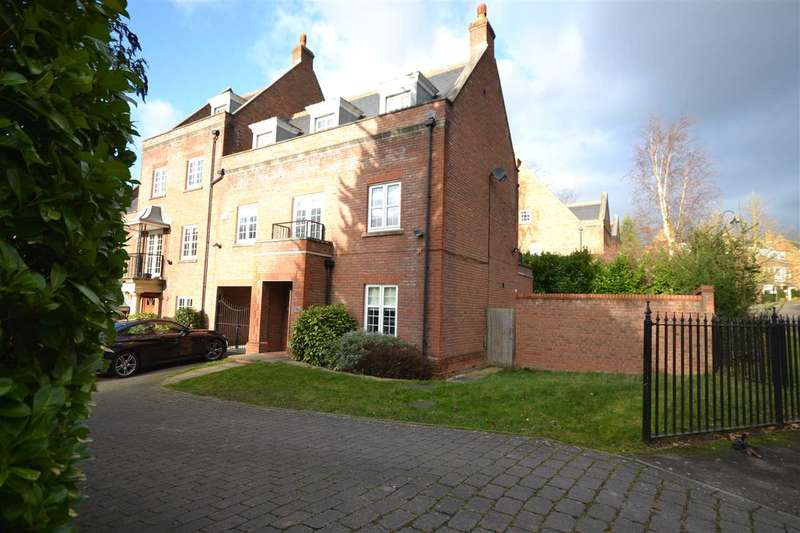 3 Bedrooms Town House for sale in Vaughan Williams Way, Brentwood