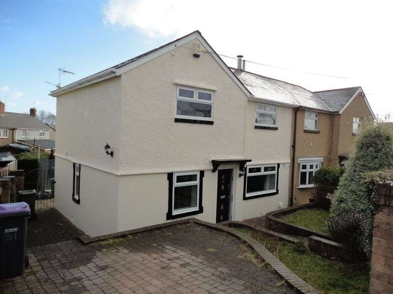 3 Bedrooms Semi Detached House for sale in The Avenue, Griffithstown, Pontypool