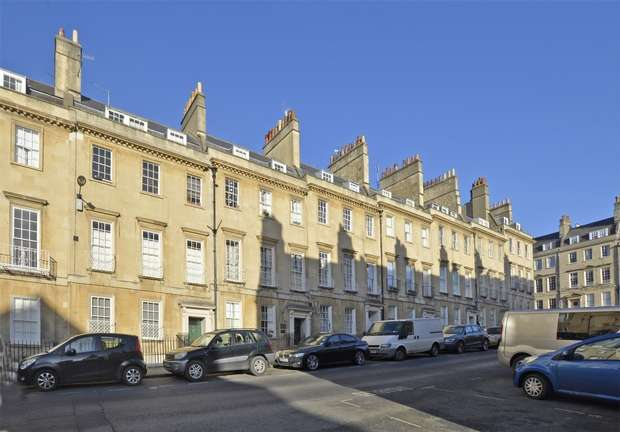 2 Bedrooms Flat for sale in Penthouse Apartment, 19 Bennett Street, Bath