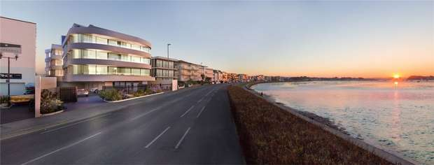 4 Bedrooms Flat for sale in Banks Road, Sandbanks, Poole, Dorset