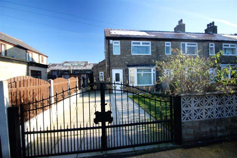 2 Bedrooms Town House for sale in Mile Cross Gardens, West End, Halifax