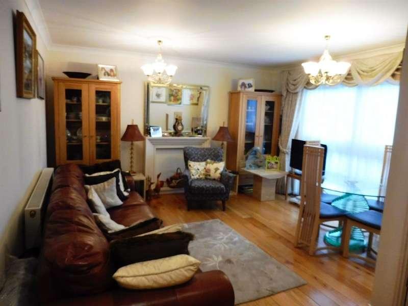 3 Bedrooms Terraced House for sale in Alva Way, WATFORD, WD19