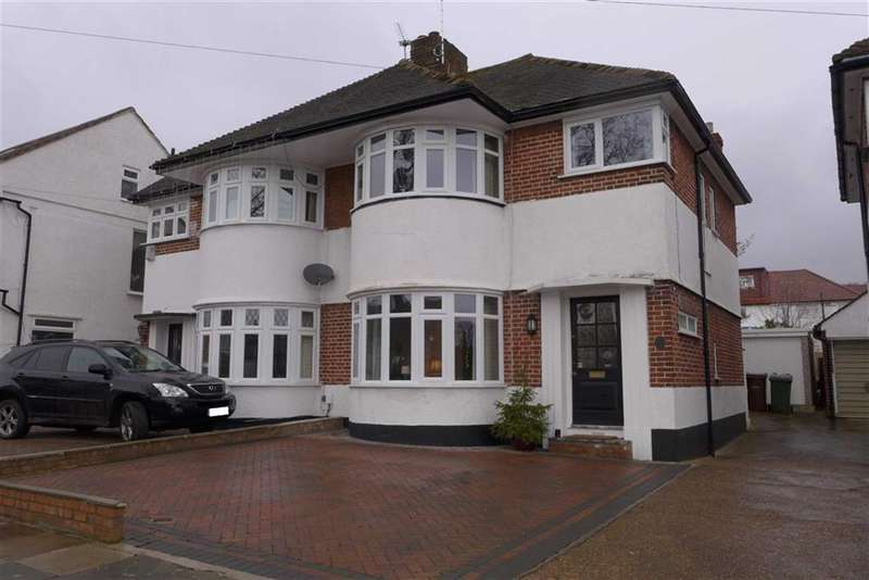 3 Bedrooms Property for sale in St Edmunds Drive, Stanmore, Middlesex