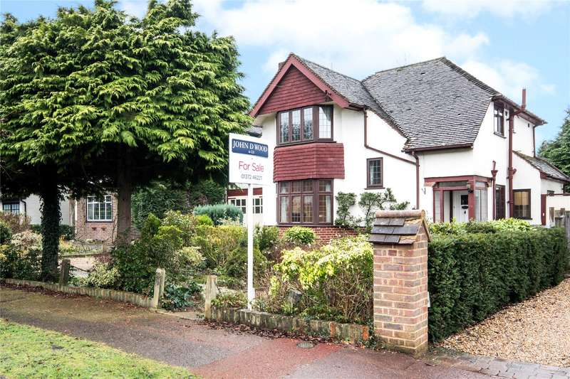 3 Bedrooms Detached House for sale in Newlands Avenue, Thames Ditton, Surrey, KT7