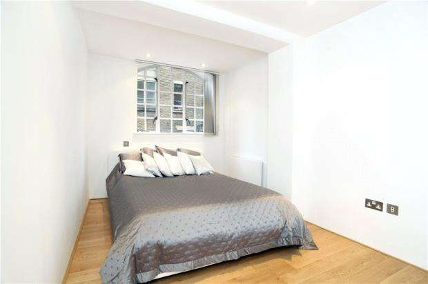1 Bedroom Flat for sale in St. Saviours Wharf, 8 Shad Thames, London