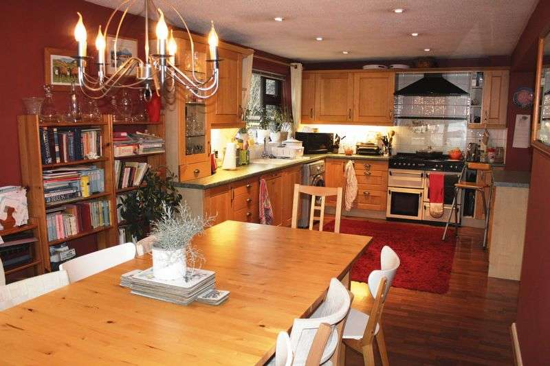 4 Bedrooms Detached House for sale in Lyddon Road, Weston-Super-Mare