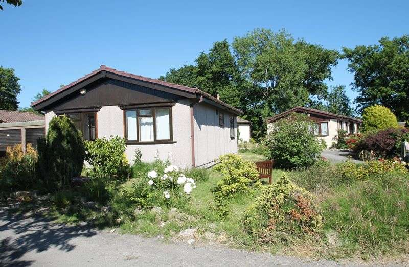 2 Bedrooms Detached Bungalow for sale in Gambles Lane, Ripley