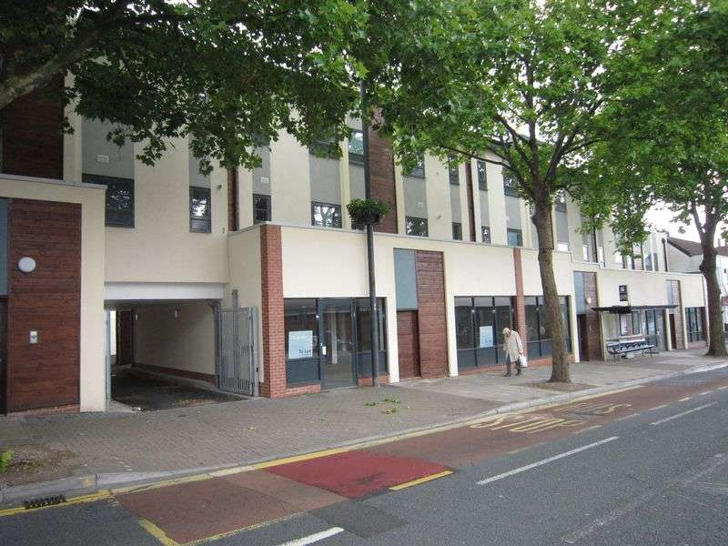 2 Bedrooms Flat for rent in Church Road, Redfield. Bristol