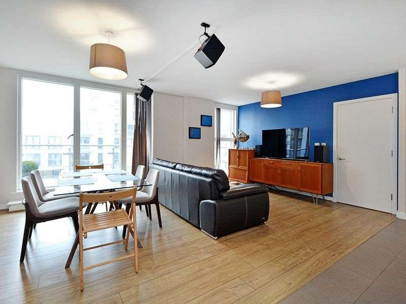 2 Bedrooms Flat for sale in Maestro Apartments, Bow, E3