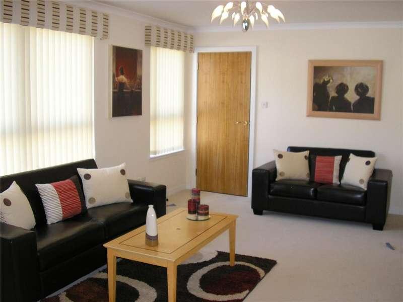 2 Bedrooms Flat for rent in Whitehill Street, Dennistoun, Glasgow