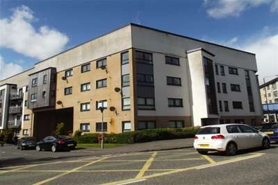 2 Bedrooms Flat for rent in Kilmarnock Road, SHAWLANDS
