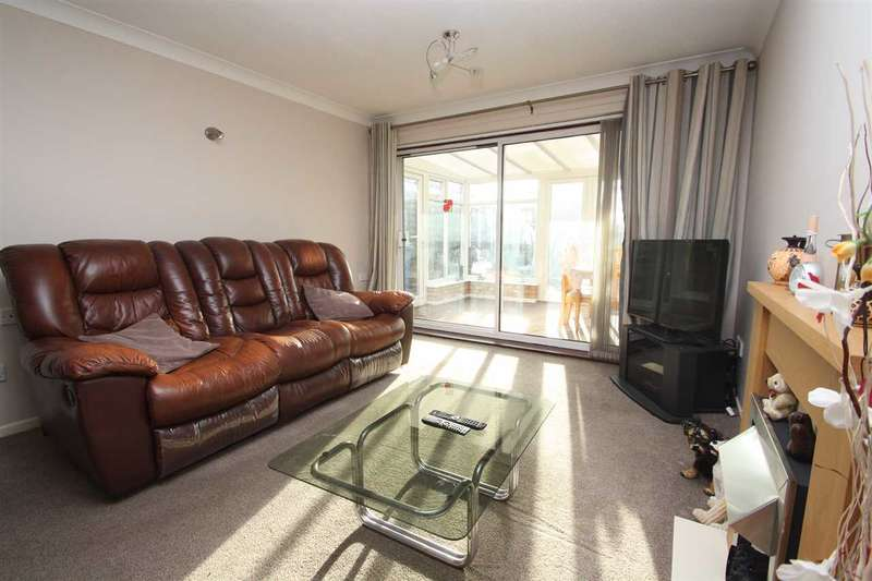 2 Bedrooms Bungalow for sale in Appleby Close, Ipswich