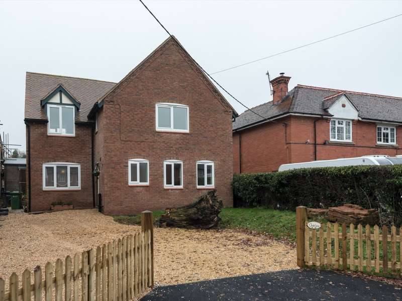3 Bedrooms House for sale in 3 bedroom House Detached in Malpas