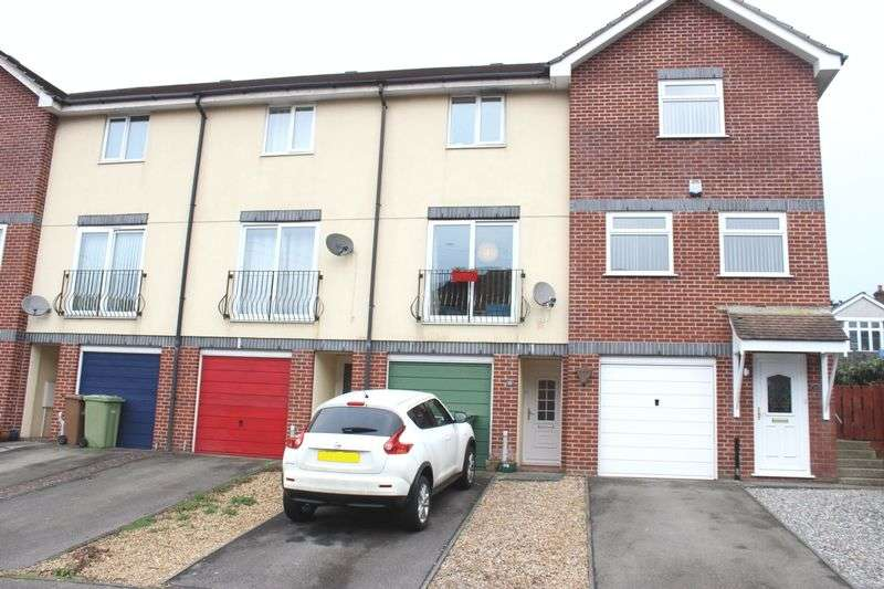 2 Bedrooms Terraced House for sale in The Limes, Crownhill, Plymouth
