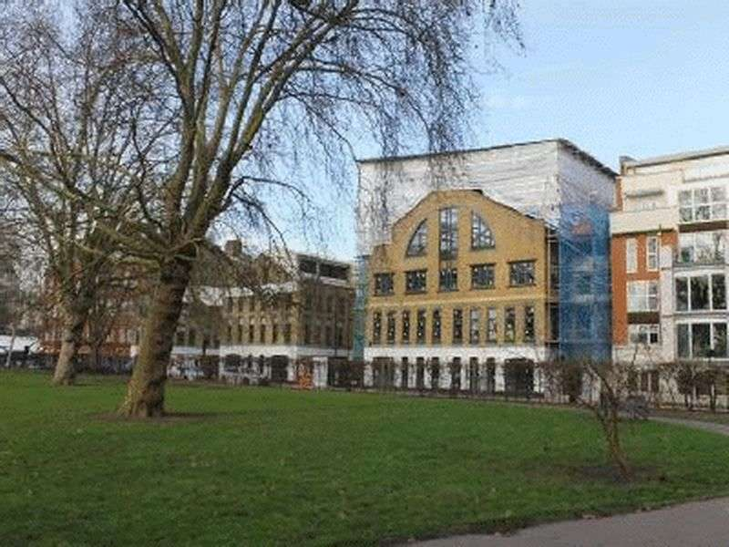 2 Bedrooms Flat for sale in Embassy Works,Lawn Lane, Vauxhall, London SW8