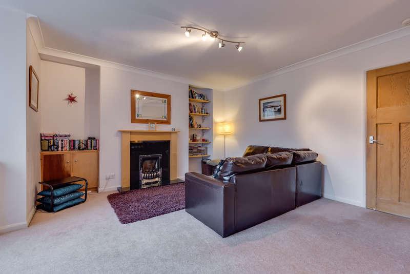 3 Bedrooms Semi Detached House for sale in 47 Castle Drive, Kendal, Cumbria LA9 7BJ