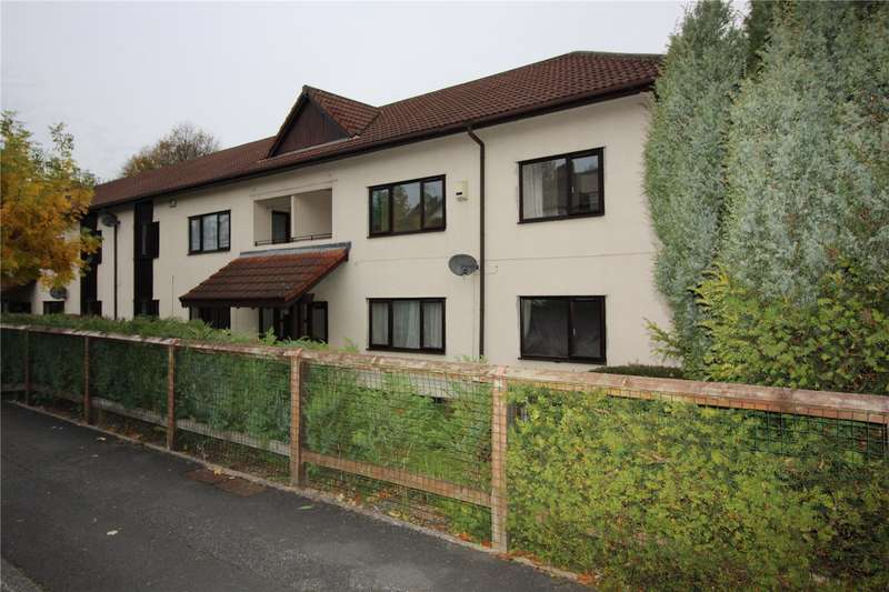 2 Bedrooms Apartment Flat for sale in Wellstone Garth, Bramley, Leeds, West Yorkshire, LS13