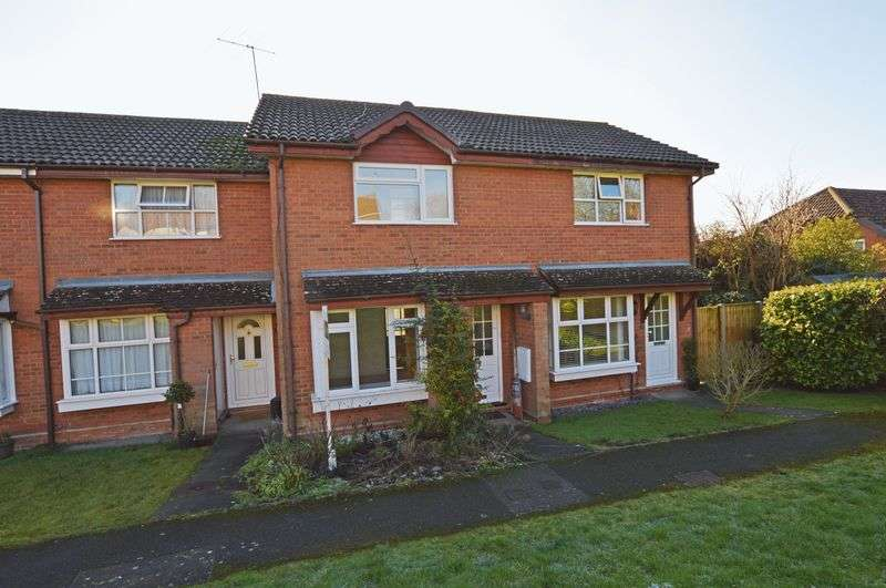 2 Bedrooms Terraced House for sale in Haydock Close, Alton, Hampshire