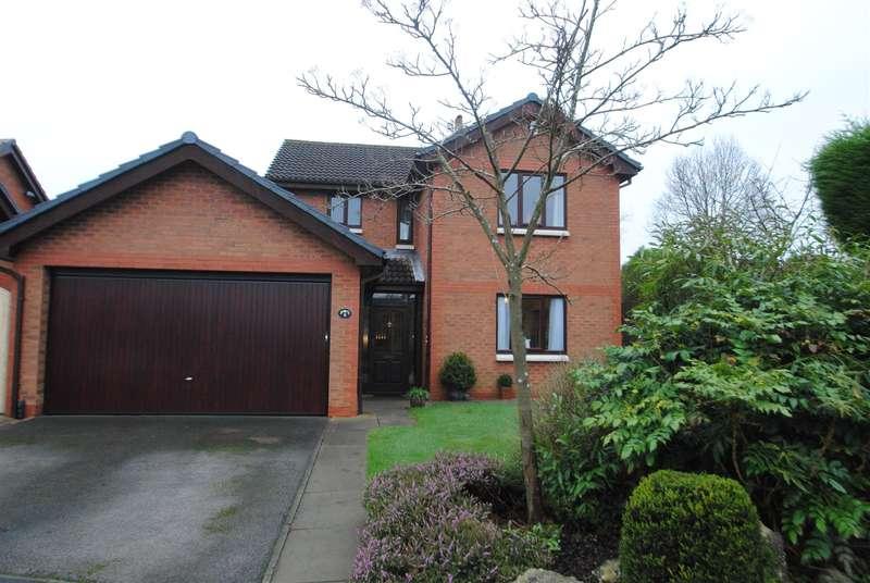 4 Bedrooms Property for sale in Weybridge Close, Appleton, WARRINGTON, WA4