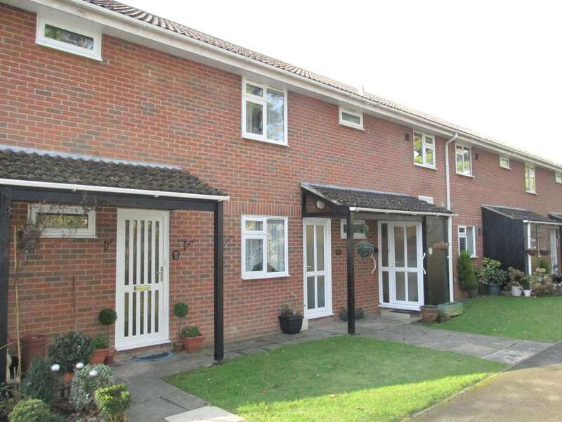 2 Bedrooms Flat for sale in Gilwynes Court, Aldwick Felds, Bognor Regis, West Sussex, PO21 3SQ