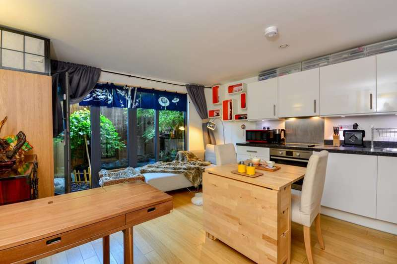 Studio Flat for sale in Star Road, Barons Court, W14