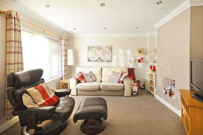 3 Bedrooms Terraced House for sale in All Saints Road, Dorchester, DT1
