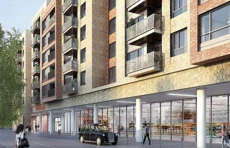 2 Bedrooms Flat for sale in Smithfield Square, Hornsey, London N8