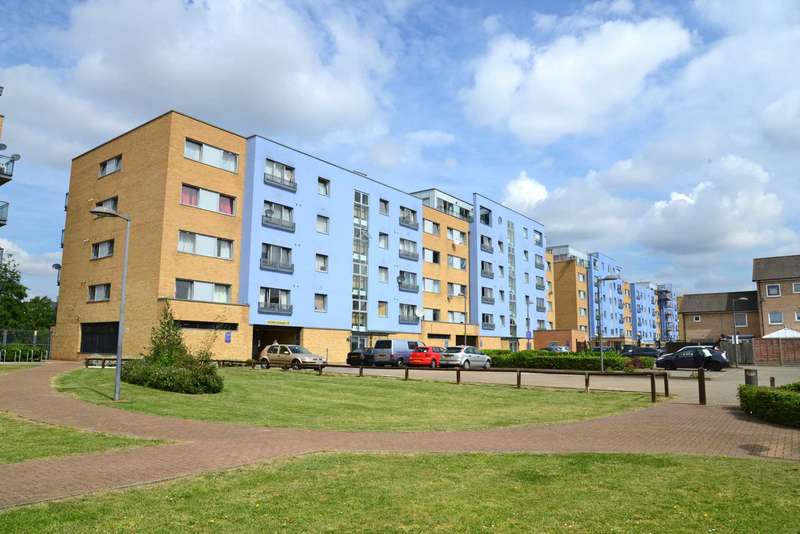 1 Bedroom Apartment Flat for sale in WARRIOR CLOSE, WEST THAMESMEAD, SE28 ONL